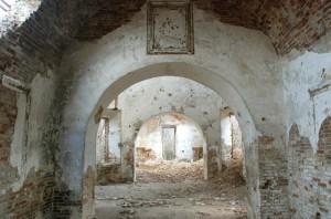 Просторный храм большевики хотели превратить в зерновой склад